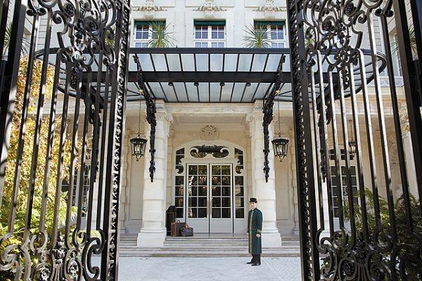 The Shangri-La Paris