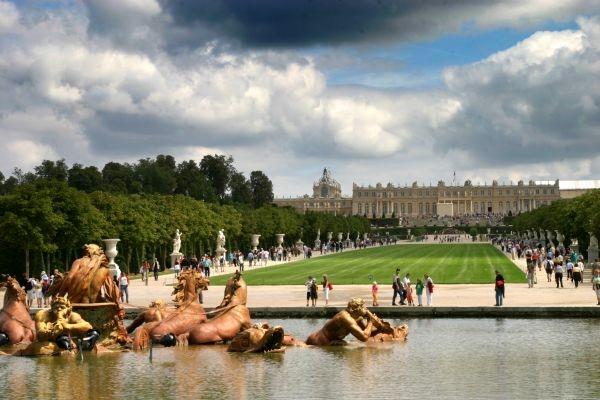 fountain chateau Versailles