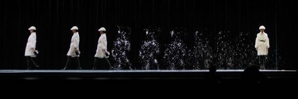 Holograms Burberry show