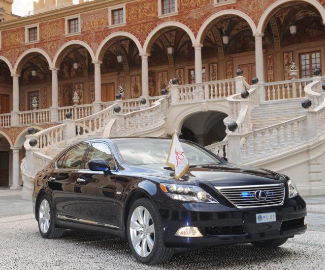 Lexus LS600h Monaco