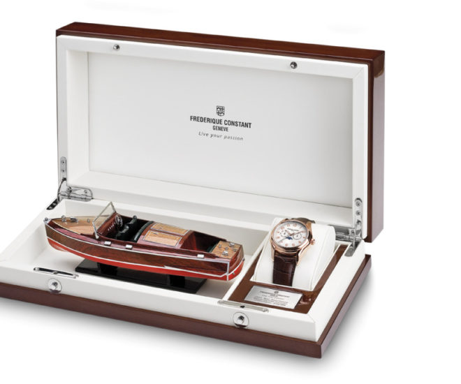 Frederique Constant Runabout Moonphase wooden case