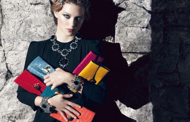 Lea Seydoux Prada Resort clutch