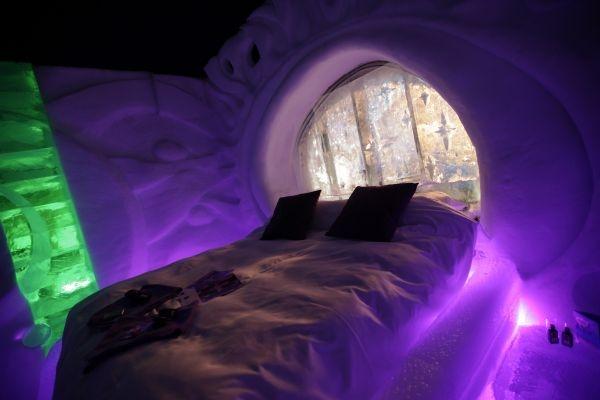 Dutch ice hotel Zwolle bedroom