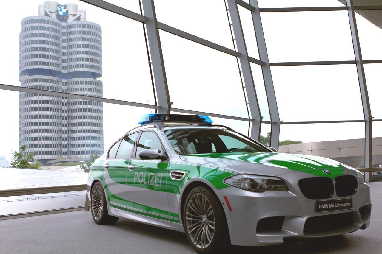 BMW M5 Police Car