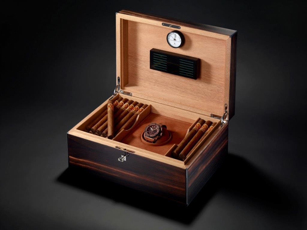 Hublot King Power Arturo Fuente cigar case