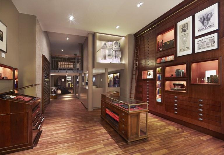 Louis Vuitton pop up store Cabinet d'ecriture