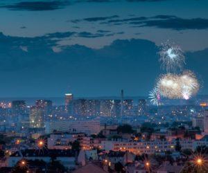 eiffel tower firework