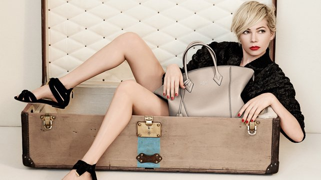Michelle Williams Louis Vuitton Lockit bag