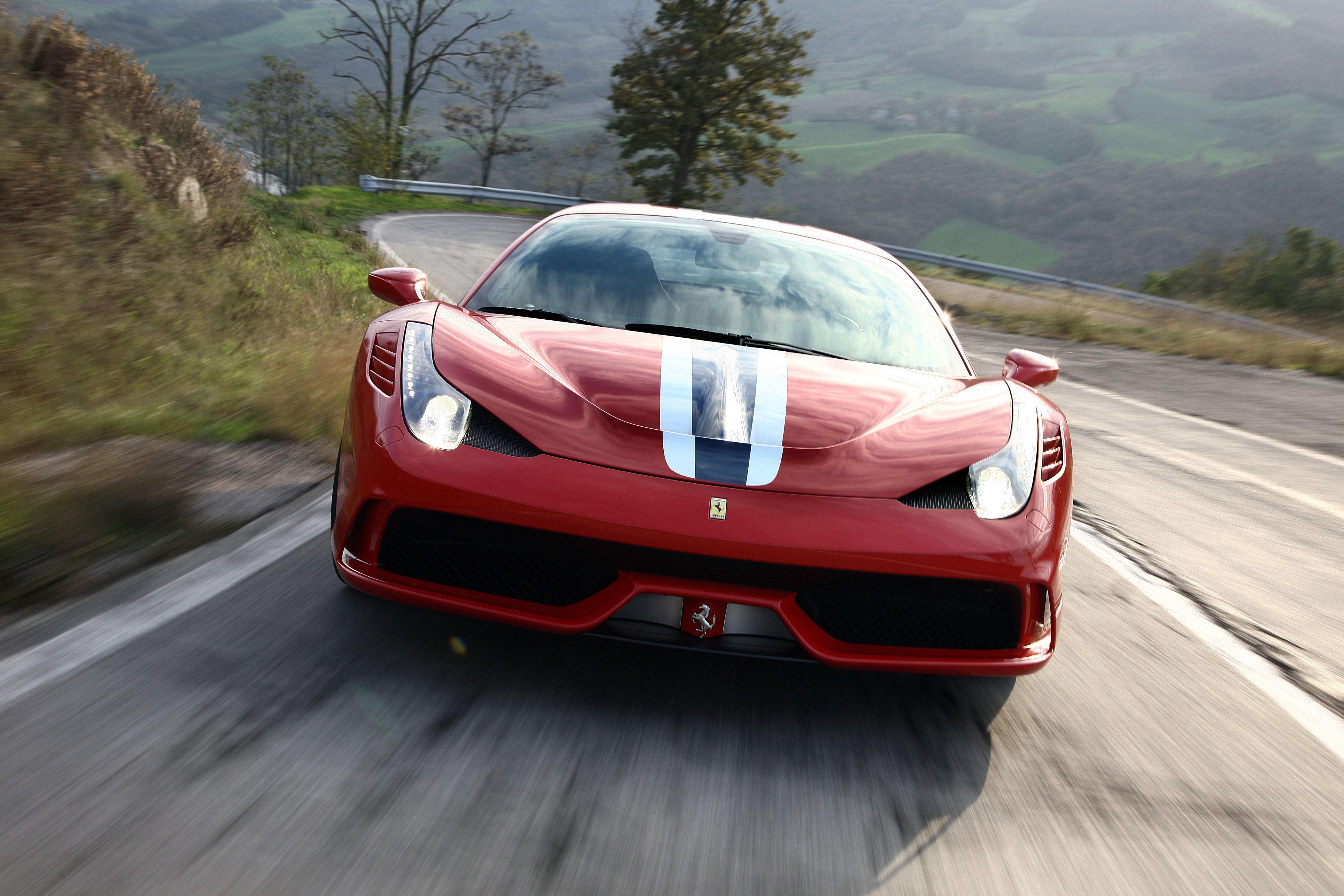 Ferrari 485 Speciale Spider