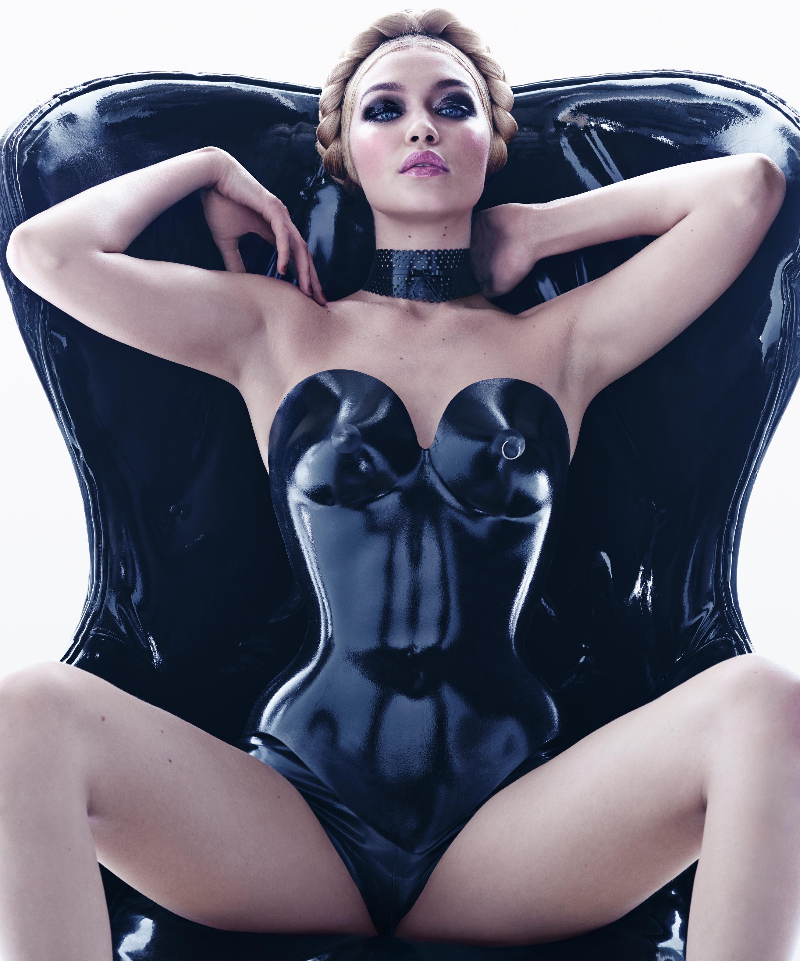 Gigi Hadid Miss November