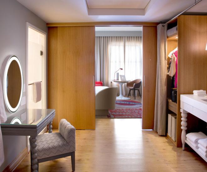 Virgin Hotels Chicago room
