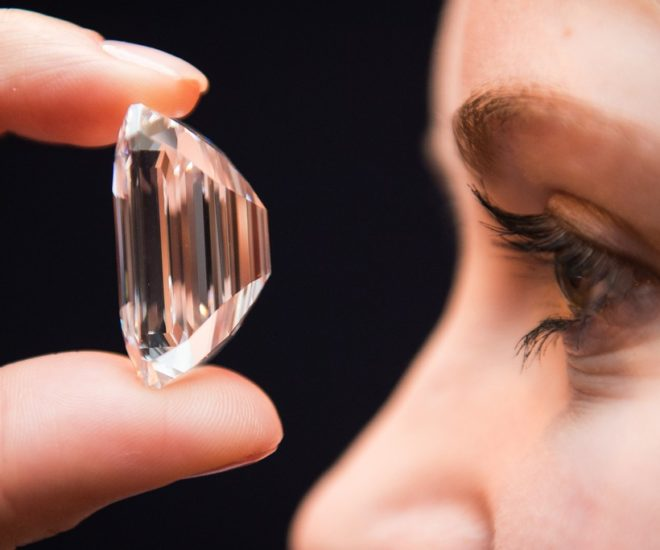 100 carrat perfect diamond