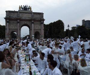 Dinner in White 2015
