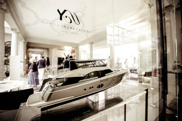 Model of Monte Carlo Yachts 86