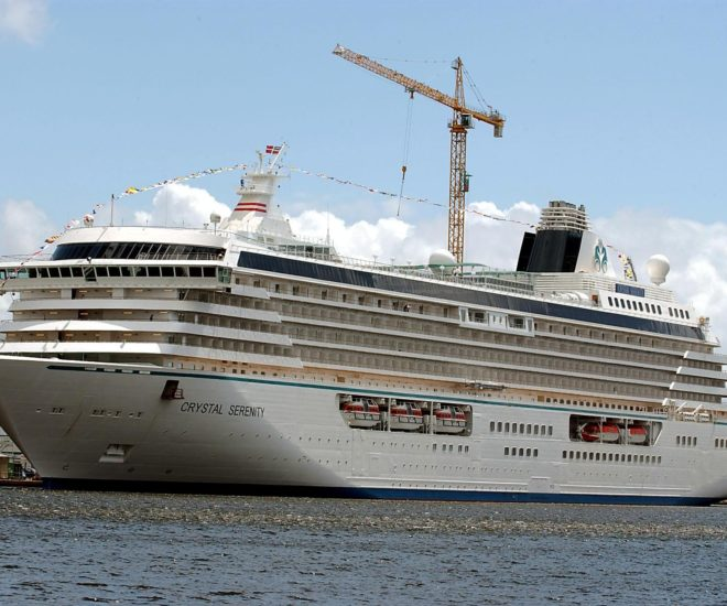 Crystal Serenity Makes for First-ever Arctic journey