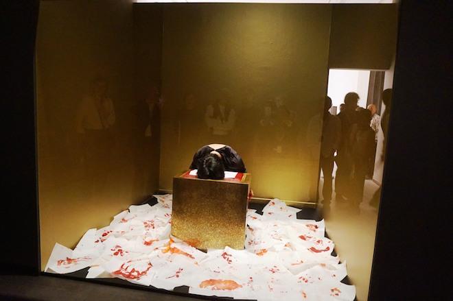 Melati Suryodarmo, 'Beyond the Light', long durational performance, Singapore Biennale 2016.