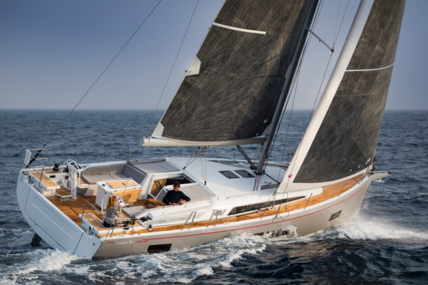 The performance of the Oceanis 46.1 matches its user-friendly layout