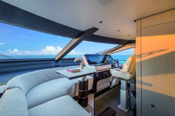 The twin-seat main helm station has great visibility, as well as a dinette