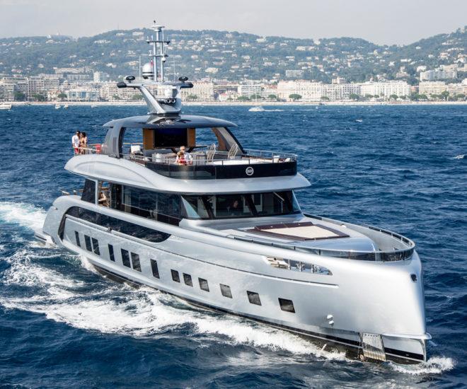 Dynamiq GTT 115 superyacht