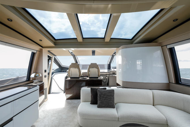 The Azimut Grande S10 is one of the yard's most technologically advanced models