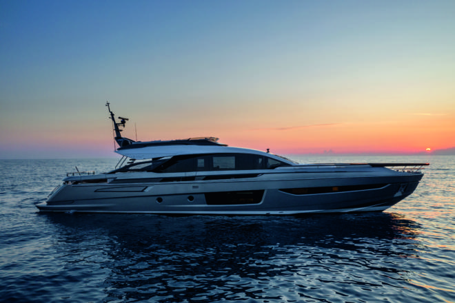 The world premiere of the Azimut Grande S10 was held at the Cannes Yachting Festival