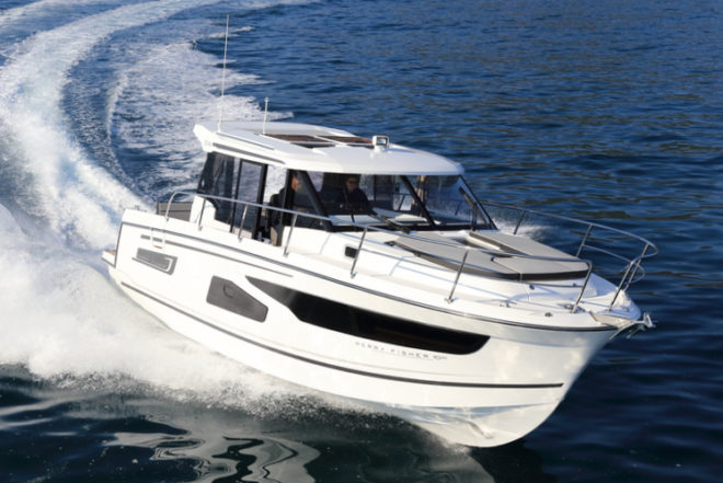 Jeanneau: The Merry Fisher 1095 has an LOA of 34ft 5in, very similar to the Leader 33
