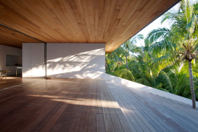 House on a Dune on Harbour Island, the Bahamas by Oppenheim Architecture + Design