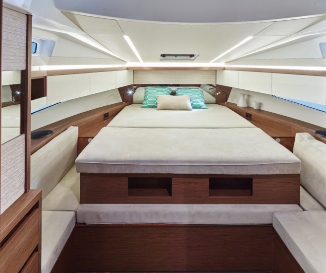 Jeanneau: In the Leader 33, the bed in the master suite shortens to make a cosy lounge area