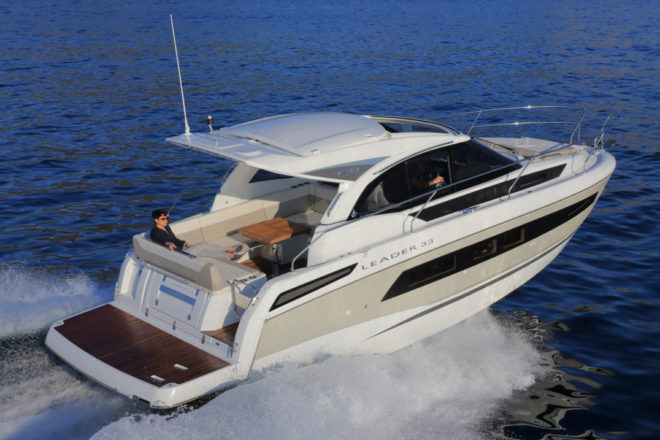 Jeanneau: The Leader 33's open design accentuates the sweep of gentle curves from bow to sizeable swim platform