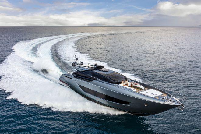 Riva's 88' Folgore was designed in collaboration with Officina Italiana Design