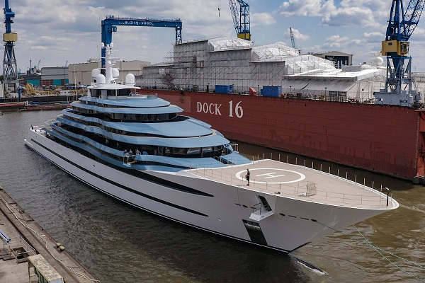 Work was done on both the yacht's exterior and interior (Photo: Klaus Jordan)