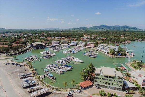 Phuket Boat Lagoon marina offers comprehensive service facilities