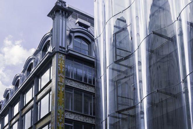 La Samaritiane, Store front