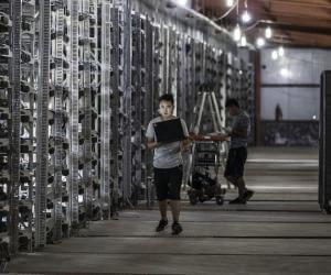 man crypto mining