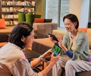 Samsung Galaxy Z Fold3 5G Lifestyle shot