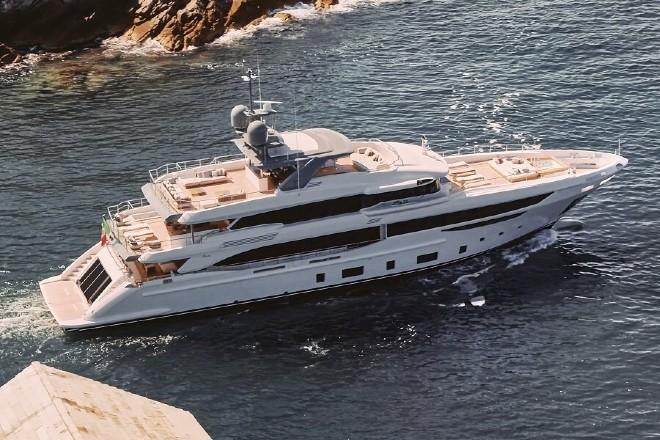 diamond 44M yacht