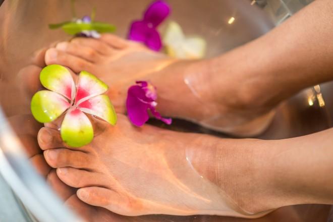 foot spa flowers